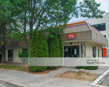 Storage Units for Rent available at 370 Christopher Avenue, Gaithersburg, MD 20879 Photo Gallery 1