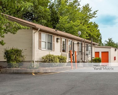 Storage Units for Rent available at 1800 South Sterling Blvd, Sterling, VA 20166 Photo Gallery 1