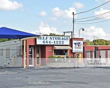 Storage Units for Rent available at 5601 NW Loop 410, San Antonio, TX 78238 Photo Gallery 1