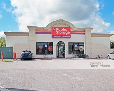 Storage Units for Rent available at 1200 Shetter Avenue, Jacksonville Beach, FL 32250 Photo Gallery 1