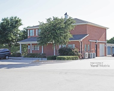 Storage Units for Rent available at 12300 College Pkwy, Frisco, TX 75035 Photo Gallery 1