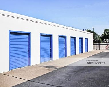 Storage Units for Rent available at 2601 Willowbrook Road, Dallas, TX 75220