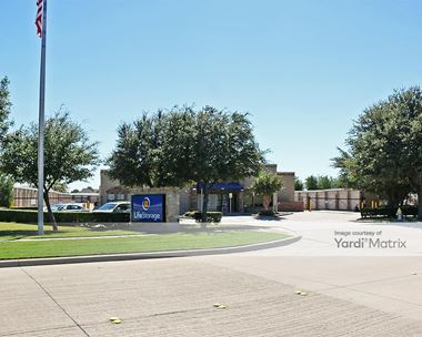 Storage Units for Rent available at 8747 Stockard Drive, Frisco, TX 75034