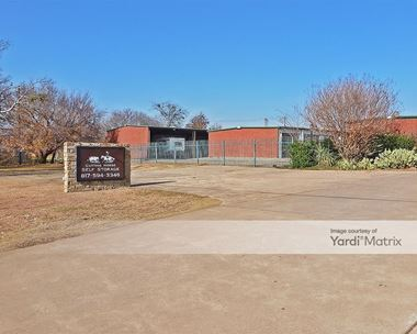 Storage Units for Rent available at 900 Peaster Hwy, Weatherford, TX 76088