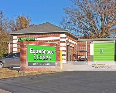Storage Units for Rent available at 1925 South Bowie Drive, Weatherford, TX 76086