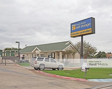 Storage Units for Rent available at 2905 Crystal Springs, Bedford, TX 76021 Photo Gallery 1