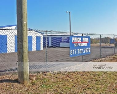 Storage Units for Rent available at 1319 Santa Fe Drive, Weatherford, TX 76086
