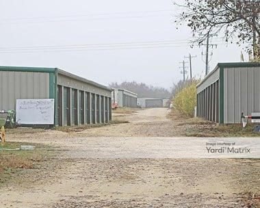 Storage Units for Rent available at 7711 East FM 917, Alvarado, TX 76009 Photo Gallery 1