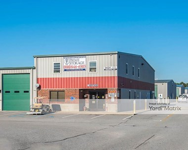 Storage Units for Rent available at 2424 Castleton Commerce Way, Virginia Beach, VA 23456 Photo Gallery 1