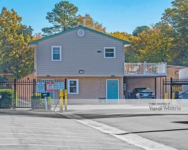 Storage Units for Rent available at 15458 Warwick Blvd, Newport News, VA 23608 Photo Gallery 1