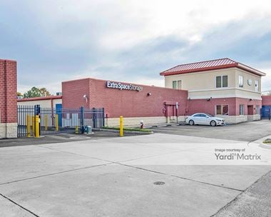 Storage Units for Rent available at 25 Tyler Avenue, Newport News, VA 23601