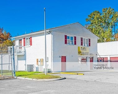 Storage Units for Rent available at 15311 Warwick Blvd, Newport News, VA 23608 Photo Gallery 1
