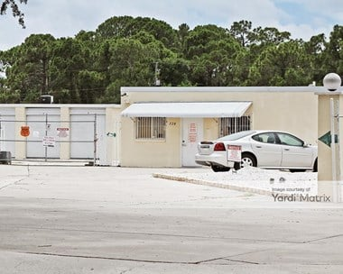 Storage Units for Rent available at 728 North Indiana Avenue, Englewood, FL 34223 Photo Gallery 1