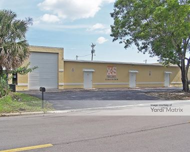 Storage Units for Rent available at 1014 SE 9th Street, Cape Coral, FL 33990