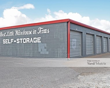 Storage Units for Rent available at 2825 Rockwell Drive, Brownsville, TX 78521 Photo Gallery 1