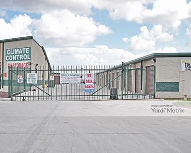 Storage Units for Rent available at 274 Kings Hwy, Brownsville, TX 78521