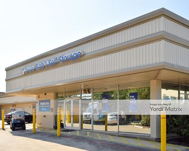 Storage Units for Rent available at 2300 Broadway Street, San Antonio, TX 78215