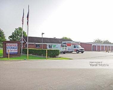 Storage Units for Rent available at 2427 Texas Pkwy, Missouri City, TX 77489 Photo Gallery 1