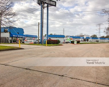 Storage Units for Rent available at 10901 Northwest Fwy, Houston, TX 77092 Photo Gallery 1