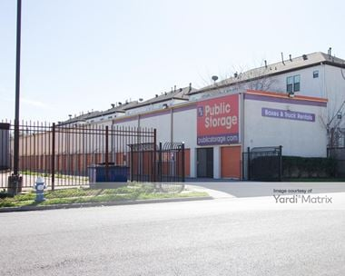 Storage Units for Rent available at 6336 Fairdale Lane, Houston, TX 77057