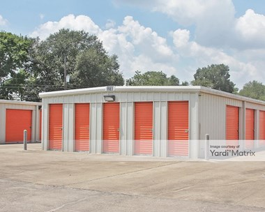 Storage Units for Rent available at 1814 City Hall Drive, Rosenberg, TX 77471 Photo Gallery 1