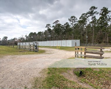 Storage Units for Rent available at 15709 Paradise Point Drive, Willis, TX 77318 Photo Gallery 1