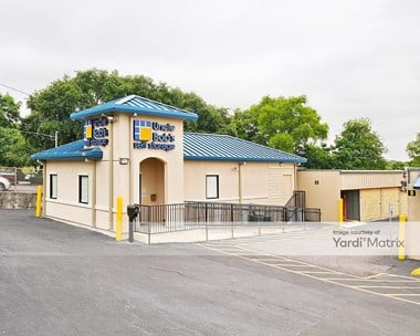 Storage Units for Rent available at 2500 Pat Booker Road, Universal City, TX 78148 Photo Gallery 1
