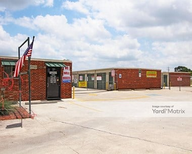 Storage Units for Rent available at 200 Roy Richards Drive, Schertz, TX 78154 Photo Gallery 1