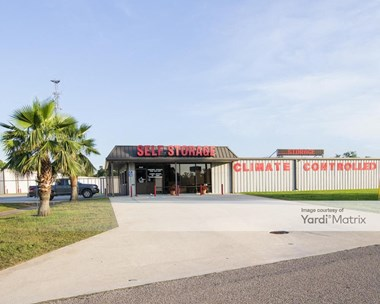 Storage Units for Rent available at 693 Blake Road, Conroe, TX 77304 Photo Gallery 1