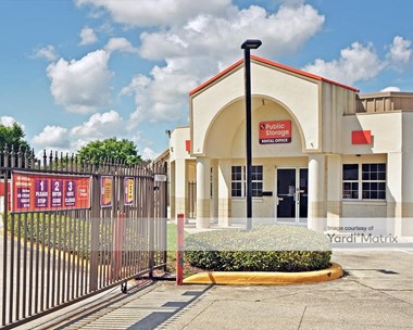 Storage Units for Rent available at 1851 North Alafaya Trail, Orlando, FL 32826 Photo Gallery 1