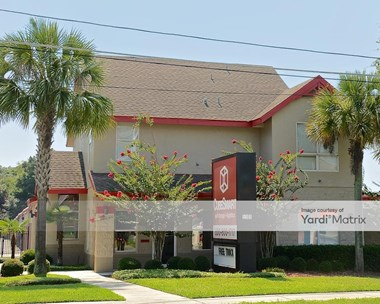 Storage Units for Rent available at 5301 North Pine Hills Road, Orlando, FL 32808 Photo Gallery 1