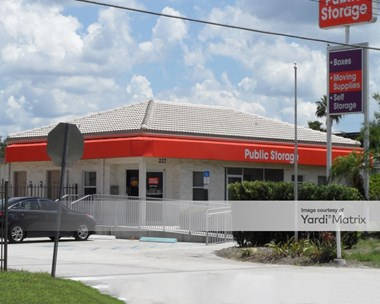 Storage Units for Rent available at 227 Simpson Road, Kissimmee, FL 34744 Photo Gallery 1