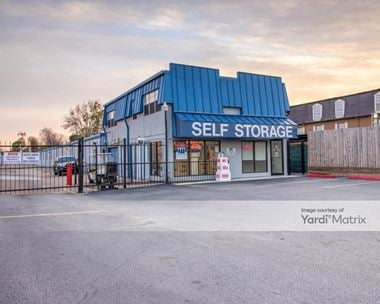 Storage Units for Rent available at 9333 Westheimer Road, Houston, TX 77063