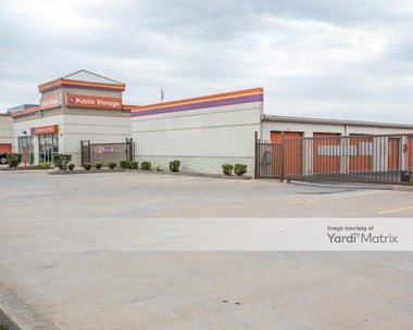 Storage Units for Rent available at 11900 Old Katy Road, Houston, TX 77079 Photo Gallery 1