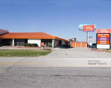 Storage Units for Rent available at 9811 North Fwy, Houston, TX 77037
