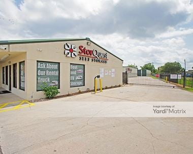 Storage Units for Rent available at 210 Gonyo Lane, Richmond, TX 77469
