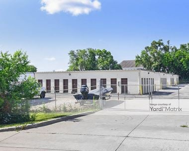 Storage Units for Rent available at 2001 Grand Avenue, West Des Moines, IA 50265