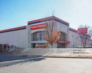 Storage Units for Rent available at 10621 Park Road, Charlotte, NC 28210 Photo Gallery 1