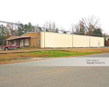 Storage Units for Rent available at 1218 Industrial Drive, Matthews, NC 28105 Photo Gallery 1