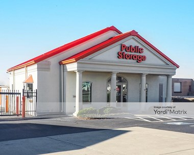 Storage Units for Rent available at 9026 Crump Road, Pineville, NC 28134 Photo Gallery 1