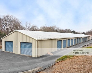 Storage Units for Rent available at 610 Water Street, Lincolnton, NC 28092 Photo Gallery 1