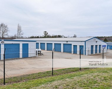 Storage Units for Rent available at 19330 H.M. Junker Drive, Cornelius, NC 28031 Photo Gallery 1