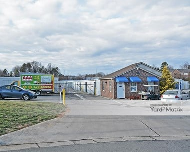 Storage Units for Rent available at 125 East Swathmore Avenue, High Point, NC 27263 Photo Gallery 1
