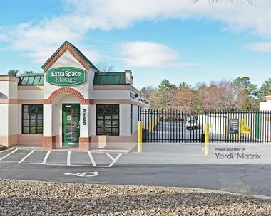 Storage Units for Rent available at 2720 University Pkwy, Winston Salem, NC 27105