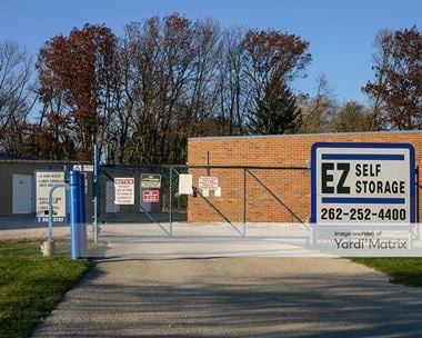 Storage Units for Rent available at N60W14944 Bobolink Avenue, Menomonee Falls, WI 53051