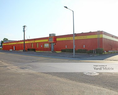 Storage Units for Rent available at 1641 Hyde Park Avenue, Hyde Park, MA 02136 Photo Gallery 1