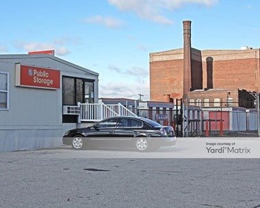 Storage Units for Rent available at 456 North Christopher Columbus Blvd, Philadelphia, PA 19123 Photo Gallery 1