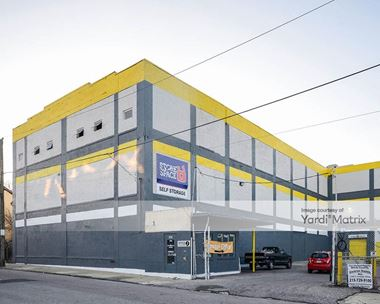 Storage Units for Rent available at 335 East Price Street, Philadelphia, PA 19144 Photo Gallery 1