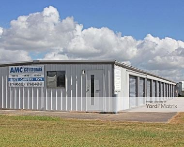 Storage Units for Rent available at 33062 FM 1301 Road, West Columbia, TX 77486
