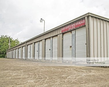 Storage Units for Rent available at 1201 North Avenue I, Freeport, TX 77541 Photo Gallery 1